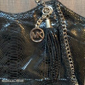 Michael Kors Bags - Michael Kors Black Shoulder Bag